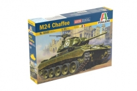 Italeri 6502 M24 Chaffee