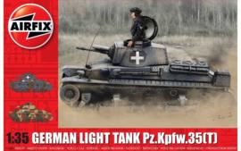 Airfix A1362 German Light Tank Pz.Kpfw.35(T)
