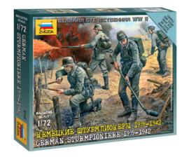 Zvezda 6110 German Sturmpioniere 1939-1942