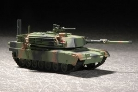 Trumpeter 7276 M1A1 Abrams