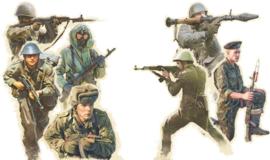 Italeri 6190 Warsaw Pact Troops