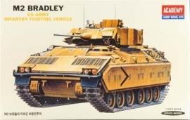 Academy 1335 M2 Bradley