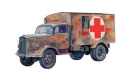Italeri 7055 Kfz. 305 Ambulance