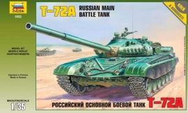 Zvezda 3552 T-72A