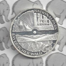 "Duitsland 10 euromunt 2005 (19e) ""Nationaalpark Beierse Woud"" (nikkel)."