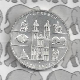 "Duitsland 10 euromunt 2005 (22e) ""1200 Jaar Maagdenburg"" (nikkel)."