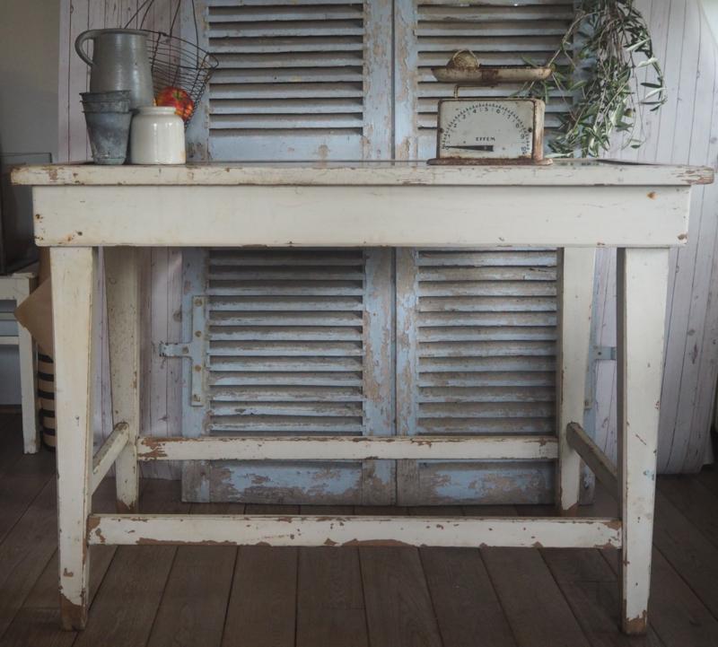 Vintage sidetable, shabby tafel, vintage industriële tafel.
