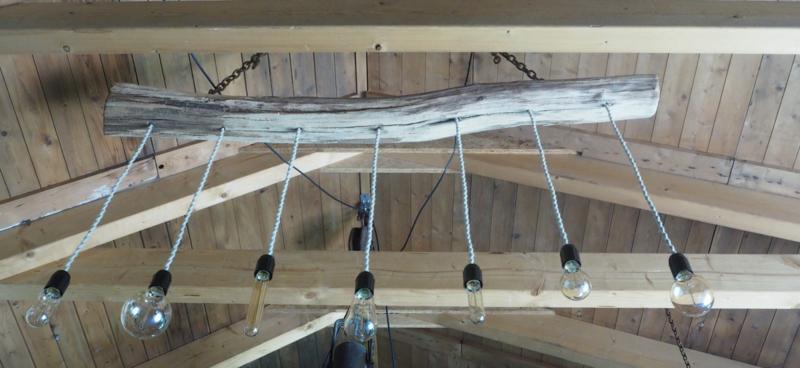 Grote landelijke driftwood lamp. Boomstamlamp.