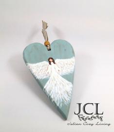 Engel op houten hart