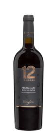 Varvaglione Vigne e Vini '12 e Mezzo' IGP. Negroamaro del Salento.
