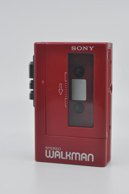 Sony WM-4 (1983)