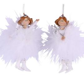 Angel Ulla, handen gespreid