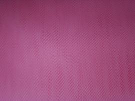 Tule kleur fuchsia roze   1 euro per meter groot verpakking  ART 09
