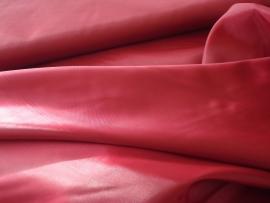 Polyester voering  kleur bordeaux  € 1,50 p/mtr  5 meter voor : € 7,50 ART V14