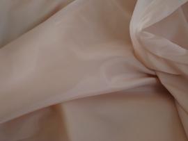 Polyester voering kleur off withe € 1,50 p/mtr 5 meter voor : € 7,50 ART V1561