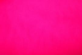 Bruidstule kleur hard roze   300 cm breed € 3,00 per meter Art BR029