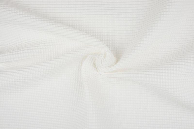 Wafelkatoen soepel Kleur Off White € 5,95 per meter.Art WF1561