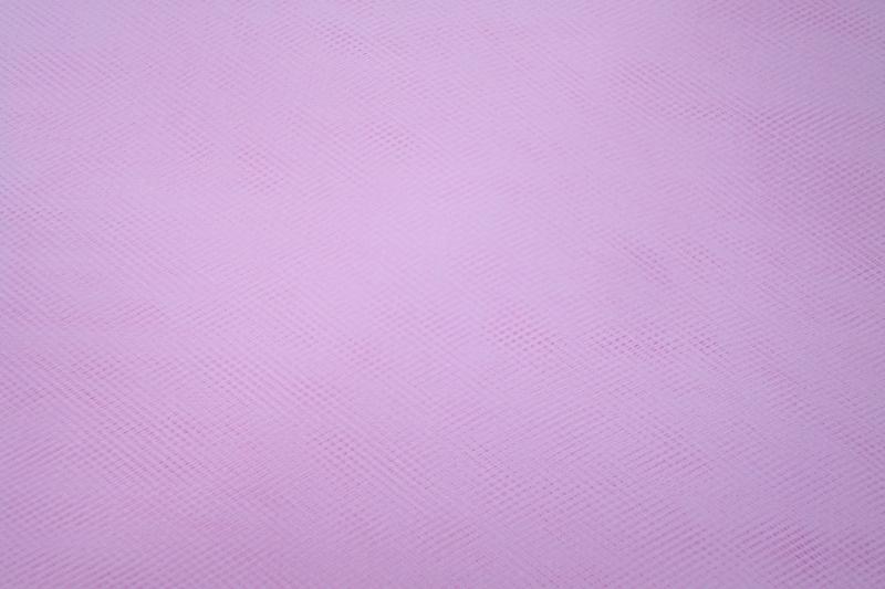 Tule kleur baby  roze   1 euro per meter groot verpakking ART T07