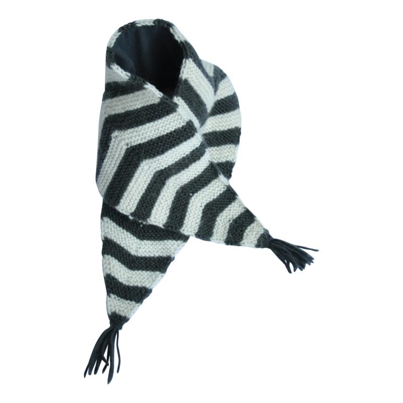 Hats over heels - Skunk scarf - Dark grey
