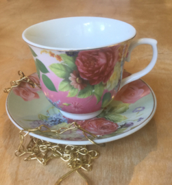 Bird feeder TEACUP ROSE
