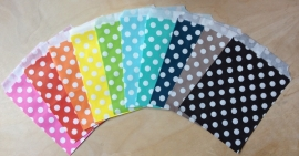 5 Gift Bags  DOTS, 13 by 16,5 cm, by color