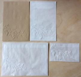 VOGEL OP TAK 10 Pergamijn enveloppen of bruine loonzakjes
