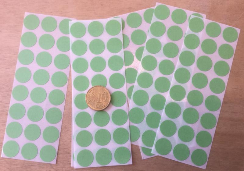 24 Ronde stickers appeltjes groen 13 mm