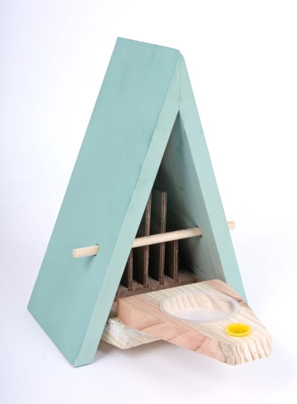 Vlinderhuis met voederplaats