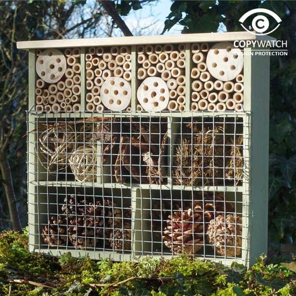 Insectenhotel met 9 kamers