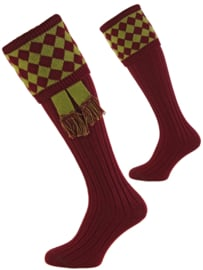 House of Cheviot - Chessboard + garter - Burgundy/Moss - medium
