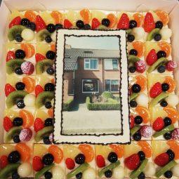 Vruchtentaart met foto of logo