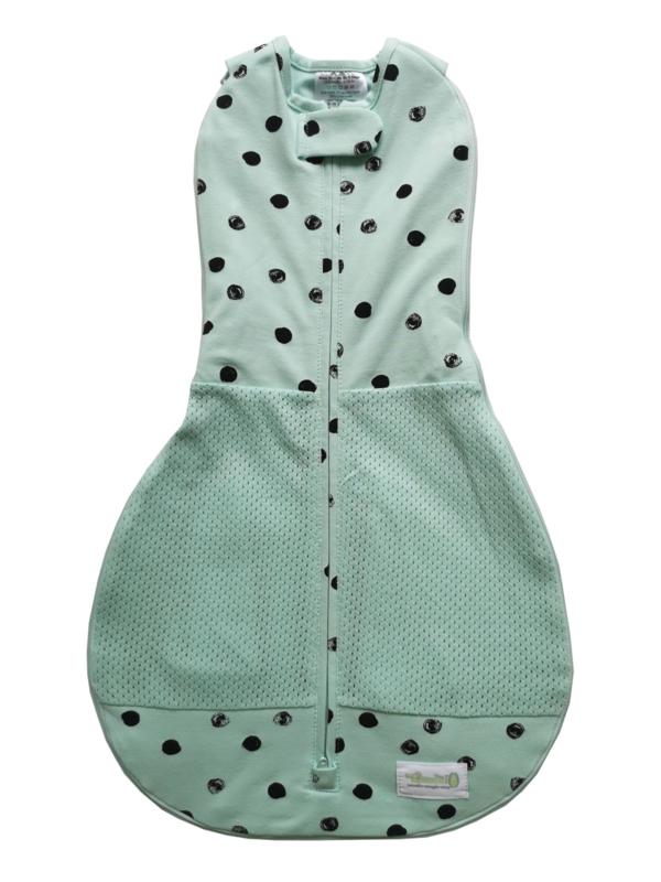 Inbakerslaapzak Woombie Grow With Me Air Mint Black Dots 0-18 maanden