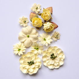 Country Blooms Cream