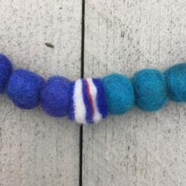 Vilten ketting blauw / turquoise