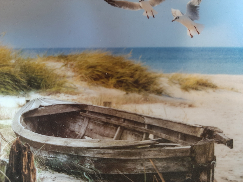 Poster indoor&outdoor  Roeiboot op strand