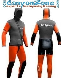 What is a suitable beginners canyoning suit?