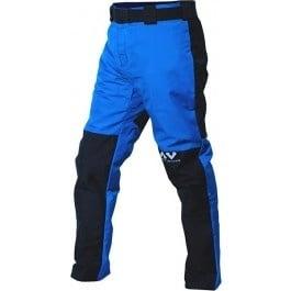 Beschermende canyoning kleding