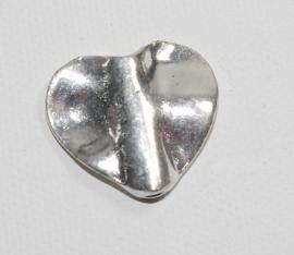 Metalen hart (zware kwaliteit)  22 x 24 mm (M002)