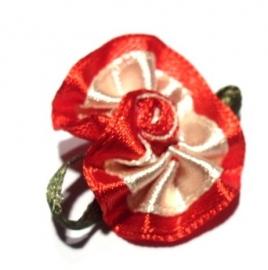 Applicatie bloem satijn rozet rood met creme (10AP00219)