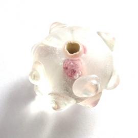 Lampwork kraal bumpy transparant met roze roosje (06K000458)