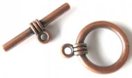 Kapittelslotje rond bronskleurig (06X000124).