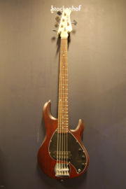 Sterling stingray by musicman sub serie 5-snarig