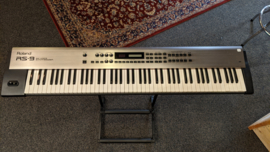 Roland RS-9 88-Key 64-Voice Synthesizer ( occasion)