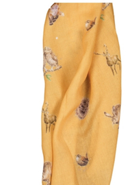 "Wrendale sjaal ""Woodlanders"" mustard - bosdieren"
