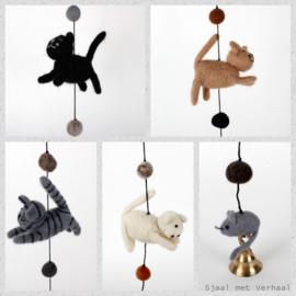 Vilten slinger - kat