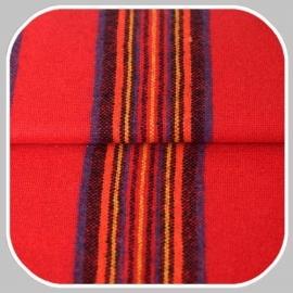 streep | rood met geel,blauw en oranje