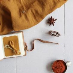 """Atelier brunette   tissu """" stardust ochre """"*"""