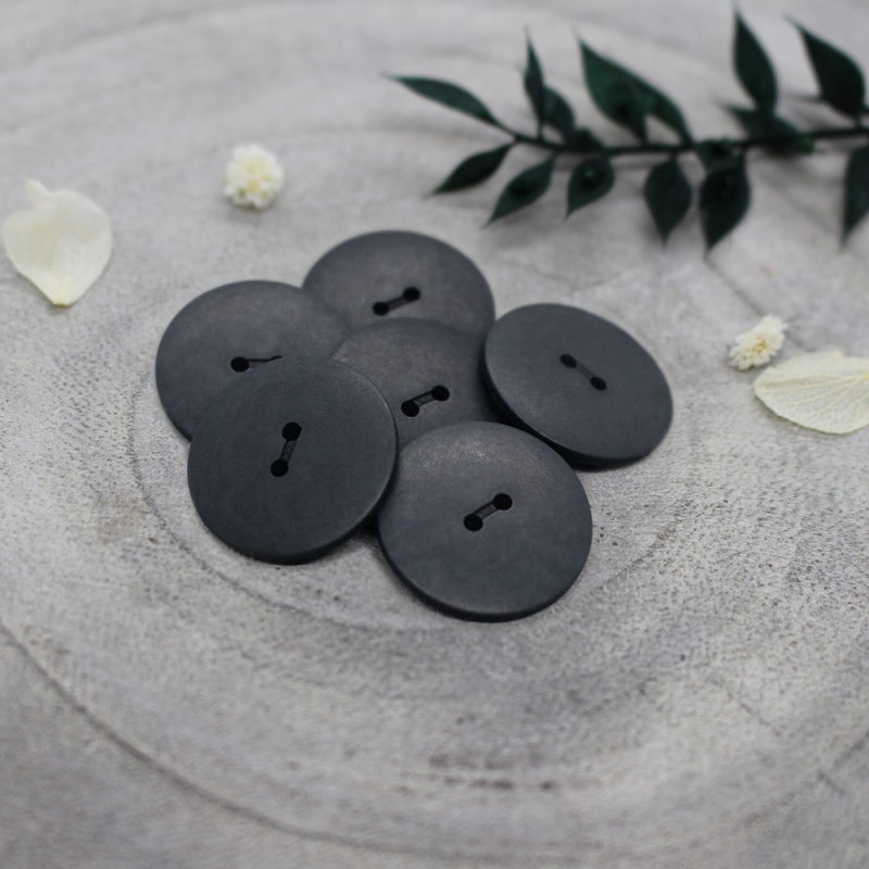 Atelier Brunette  Buttons | Corozo | Palm - Night - 20 mm