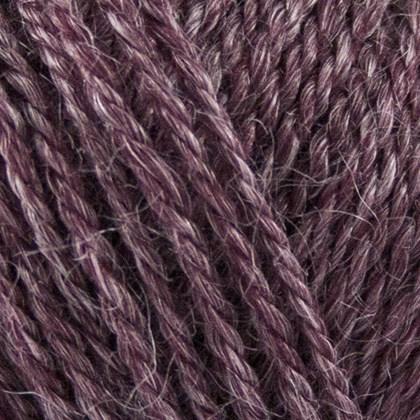 ONION | Organic Wool + Nettles | 828 - Prune