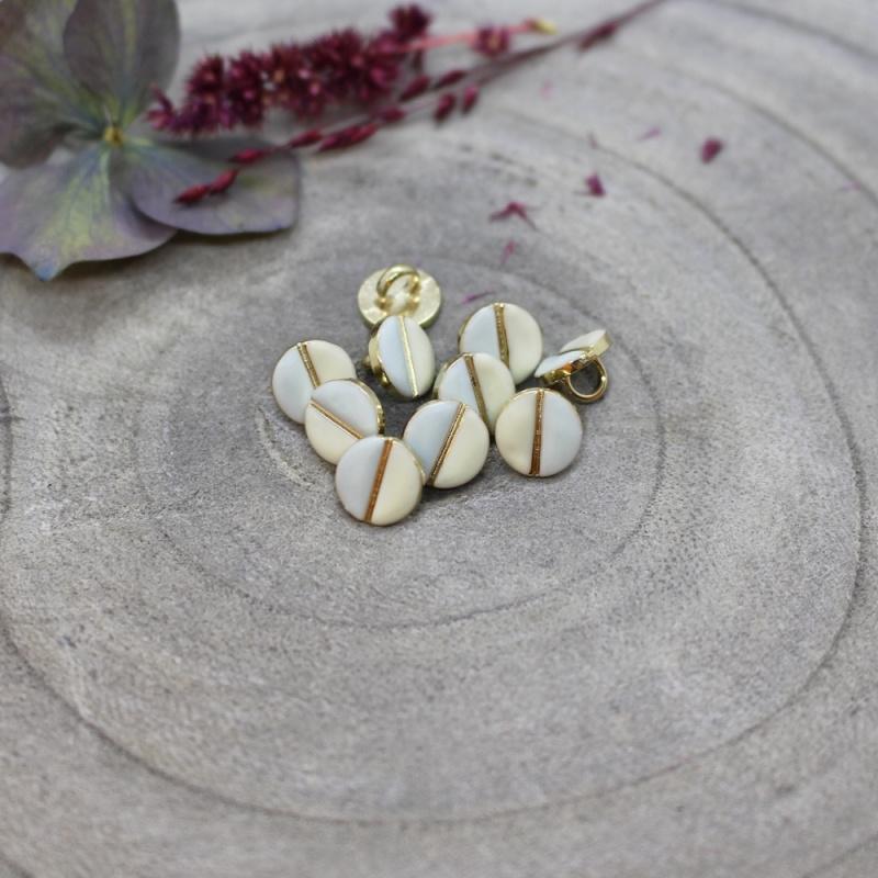 Atelier Brunette | Wink Buttons |  Off White - Sage